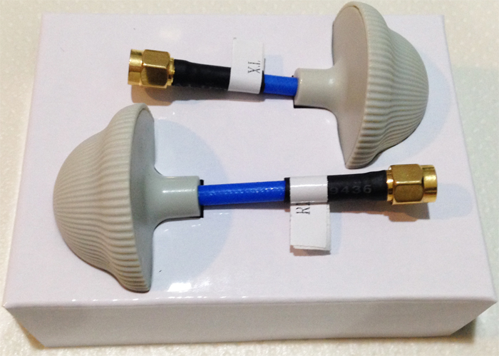 5.8GHz clover leaf antenna for TX/RX